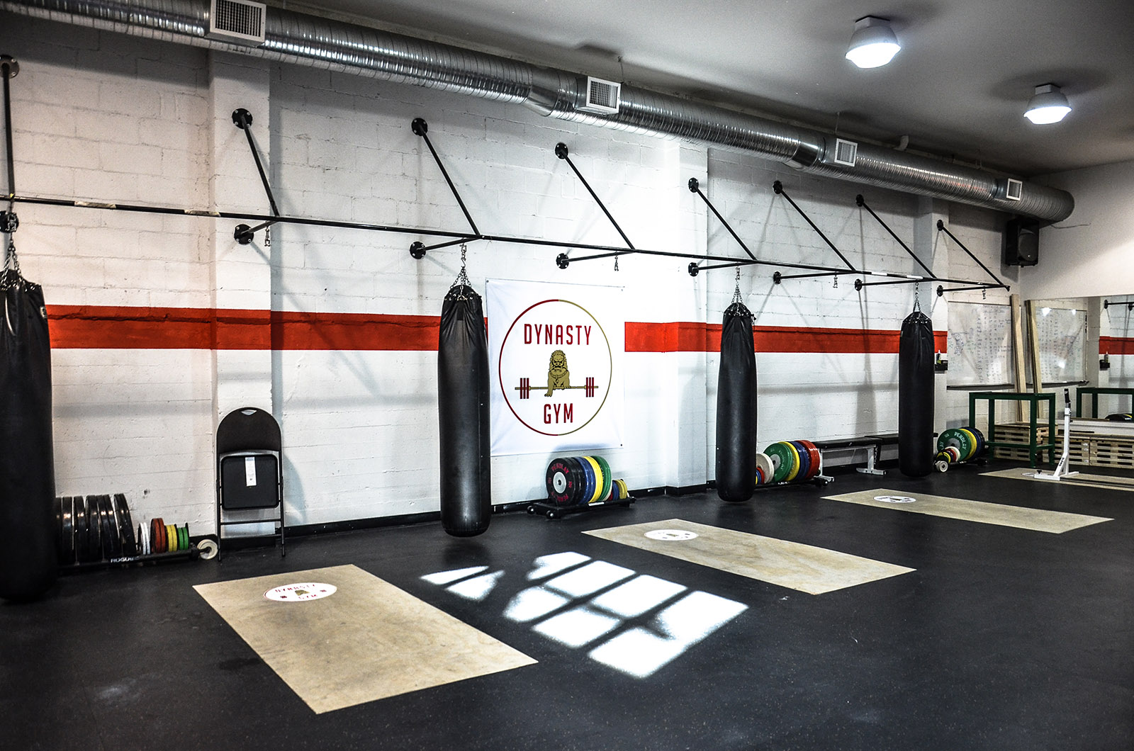 Dynasty gym vancouver crossfit and weightlifting